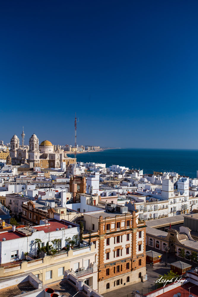 Cadiz-Spain-town-sea-sunshine