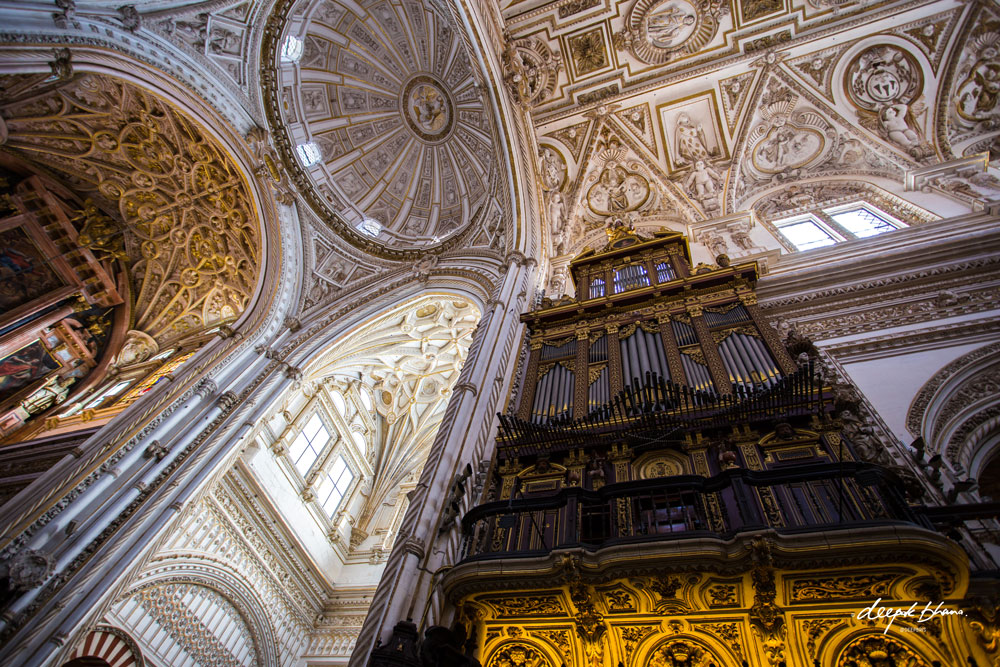 Cordoba-Spain-Mosque-Cathedral-huge-organ-ceiling