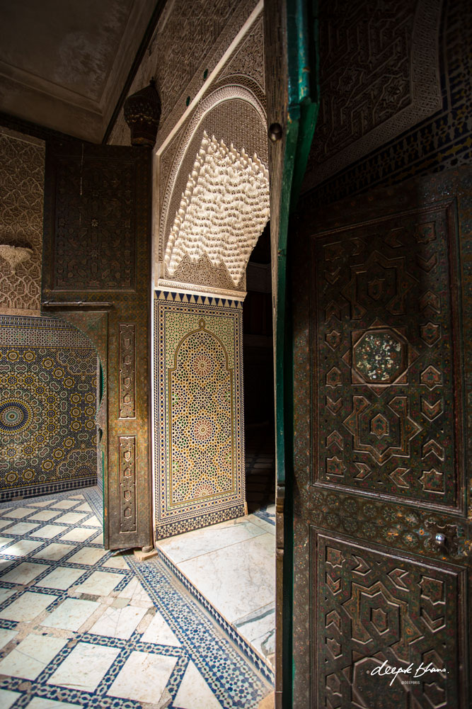 the-Telouet-Kasbah-Morocco-inside-tiles-desgns-doorway